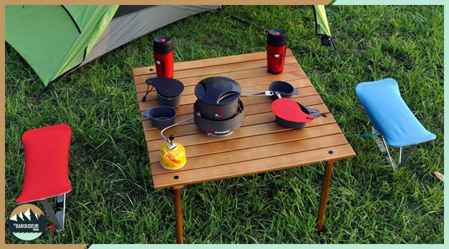 comment nettoyer sa table de camping. Black Bedroom Furniture Sets. Home Design Ideas